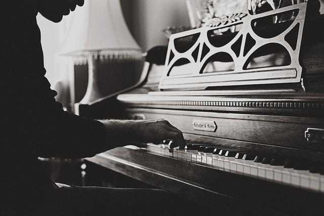 Pianist für Trauung und Zeremonie Hochzeit